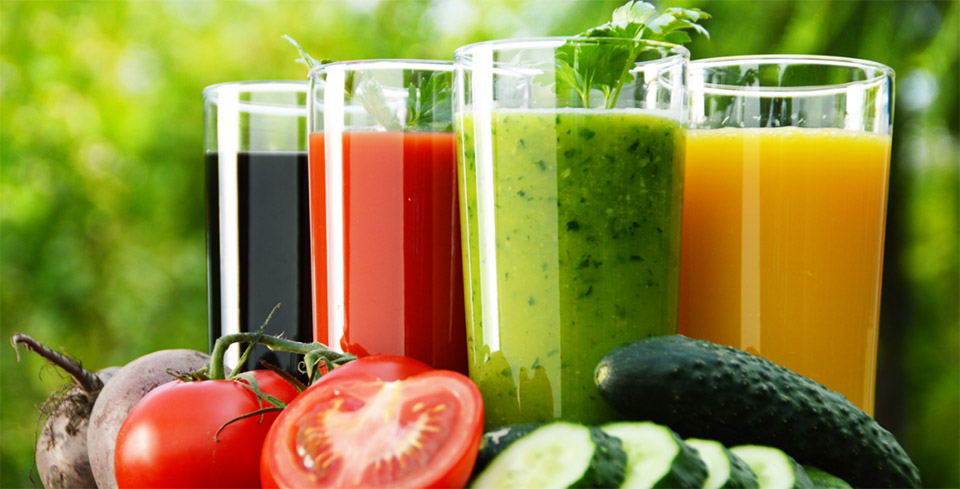 Detox with fresh juice for healthy hair & body